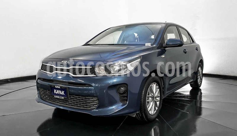 Kia Rio Hatchback LX usado (2018) color Azul precio $204,999