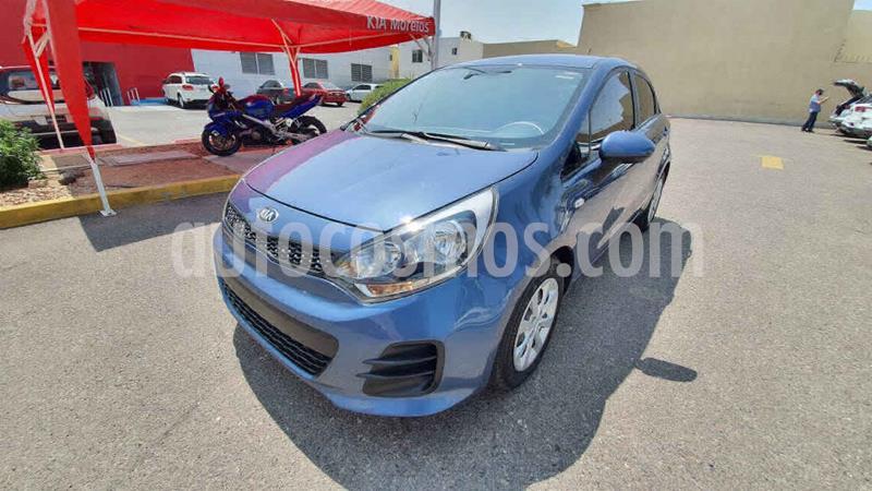 Kia Rio Hatchback LX usado (2017) color Azul precio $155,000