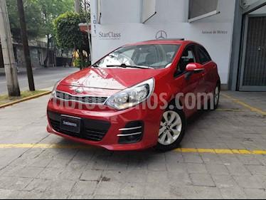 Kia Rio Hatchback EX usado (2017) color Rojo precio $207,000