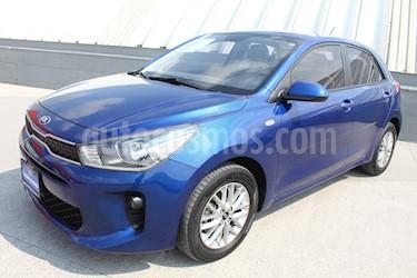 Kia Rio Hatchback LX Aut usado (2018) color Azul Azzuro precio $205,000