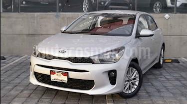 Foto Kia Rio Hatchback LX usado (2018) color Gris precio $202,000