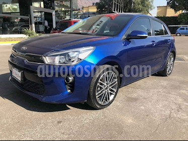 Kia Rio Hatchback EX Pack Aut usado (2018) color Azul precio $243,000
