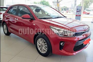 foto Kia Rio Hatchback EX Aut usado (2018) color Rojo precio $251,000