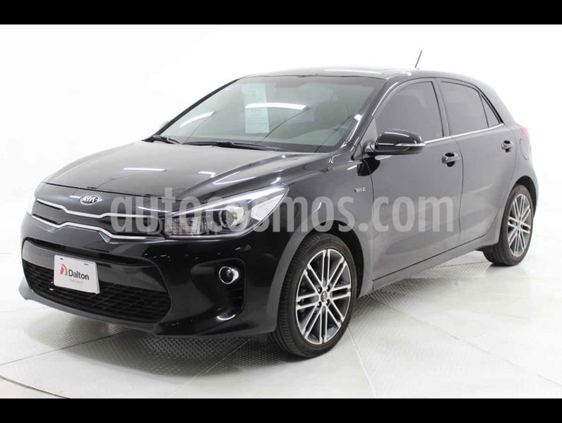 Kia Rio Hatchback EX Pack Aut usado (2018) color Negro precio $254,000