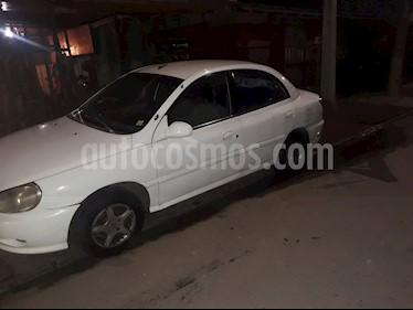 Kia Rio Look 1.3L Dh usado (2001) color Blanco precio $1.500.000