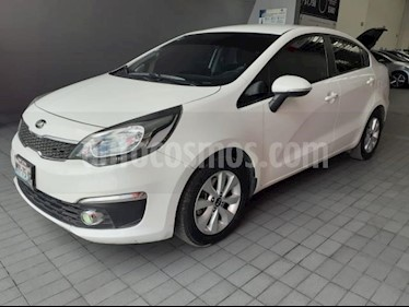 Foto Kia Rio Sedan 4P EX TM6 VE F. NIEBLA RA-15 usado (2017) color Blanco precio $145,000