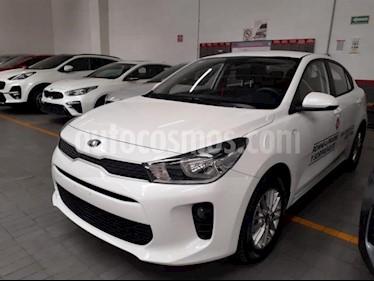 Foto venta Auto usado Kia Rio Sedan 4p LX L4/1.6 Man (2019) color Blanco precio $236,000