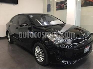 Foto Kia Rio Sedan 4P LX TM6 VE DEL. R-15 usado (2017) color Negro precio $229,000