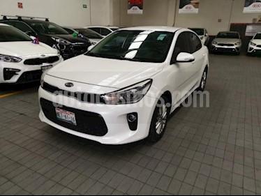 Foto venta Auto usado Kia Rio Sedan 5p EX L4/1.6 Aut (2018) color Blanco precio $239,000