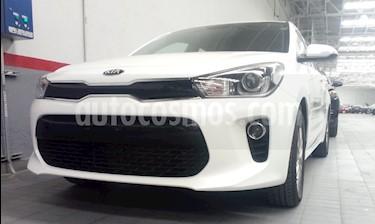Foto venta Auto usado Kia Rio Sedan 5p EX L4/1.6 Man (2018) color Blanco precio $266,000