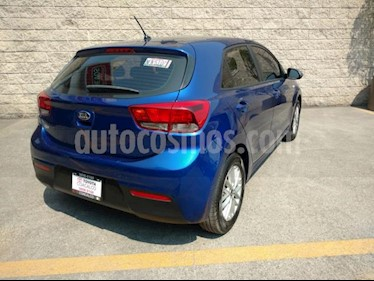 Foto venta Auto usado Kia Rio Sedan 5p LX L4/1.6 Aut (2018) color Azul precio $223,000