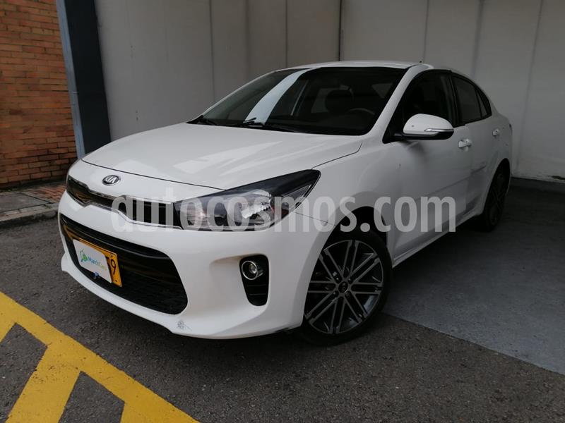 KIA Rio Sedan 1.4L  usado (2018) color Blanco precio $42.990.000