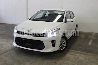 Foto venta Auto usado Kia Rio Sedan EX Aut (2018) color Blanco precio $245,000