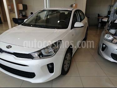 Foto Kia Rio Sedan EX Aut usado (2018) color Blanco precio $165,000