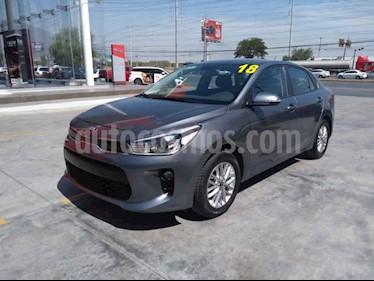 Foto venta Auto usado Kia Rio Sedan EX Aut (2018) color Gris precio $244,000