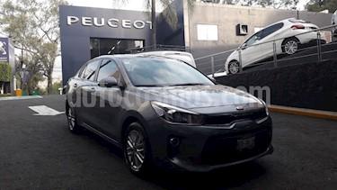Foto Kia Rio Sedan EX Aut usado (2018) color Plata precio $234,900