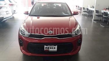 Foto venta Auto usado Kia Rio Sedan EX Pack Aut (2019) color Rojo precio $275,000