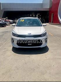 Foto venta Auto usado Kia Rio Sedan EX Pack Aut (2019) color Blanco precio $299,000