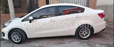 Kia Rio Sedan EX usado (2017) color Blanco precio $180,000