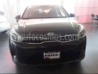 Foto venta Auto Seminuevo Kia Rio Sedan EX (2018) color Negro precio $234,000