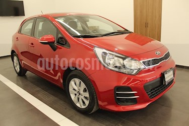 Foto venta Auto usado Kia Rio Sedan EX (2017) color Rojo precio $219,000