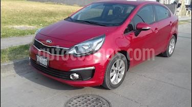 Foto venta Auto usado Kia Rio Sedan EX (2017) color Rojo precio $189,000