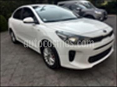 Foto venta Auto usado Kia Rio Sedan EX (2018) color Blanco precio $249,000
