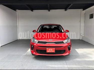 foto Kia Rio Sedán EX usado (2018) color Rojo precio $223,000