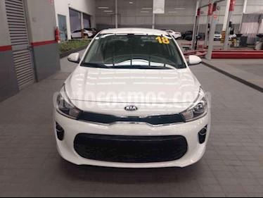 Foto venta Auto usado Kia Rio Sedan EX (2018) color Blanco precio $275,000