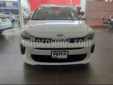 Foto venta Auto usado Kia Rio Sedan L (2019) color Blanco precio $199,000