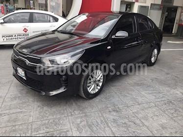 Foto venta Auto usado Kia Rio Sedan LX Aut (2018) color Negro precio $207,000
