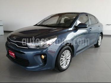 Foto venta Auto usado Kia Rio Sedan LX Aut (2019) color Azul precio $265,000