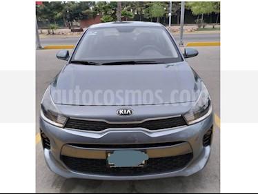 Foto venta Auto usado Kia Rio Sedan LX Aut (2018) color Gris precio $203,000