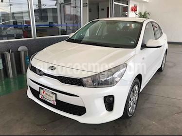 Foto venta Auto usado Kia Rio Sedan LX Aut (2018) color Blanco precio $183,000