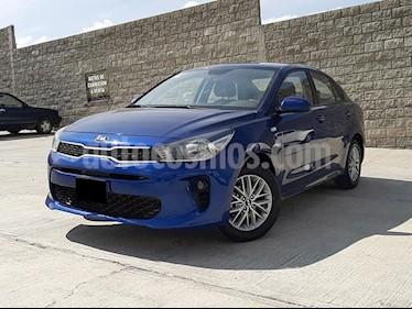Foto Kia Rio Sedan LX Aut usado (2018) color Azul Zinc precio $209,000