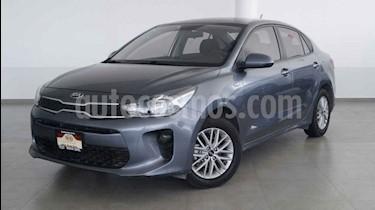 Foto venta Auto usado Kia Rio Sedan LX (2019) color Gris precio $219,000