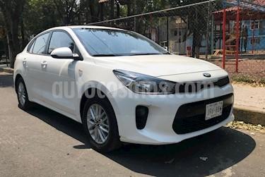 Foto venta Auto usado Kia Rio Sedan LX (2018) color Blanco Glaciar precio $182,000
