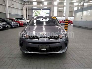 Foto venta Auto usado Kia Rio Sedan LX (2018) color Gris precio $219,000