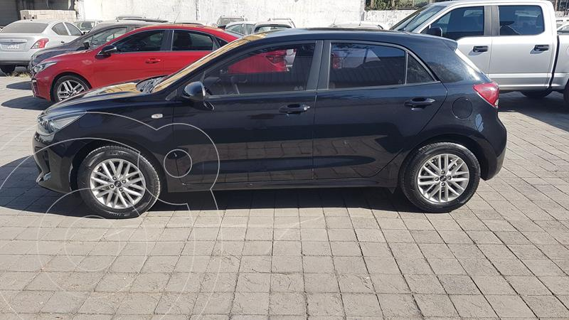 Kia Rio Sedan LX Aut usado (2019) color Negro precio $237,500