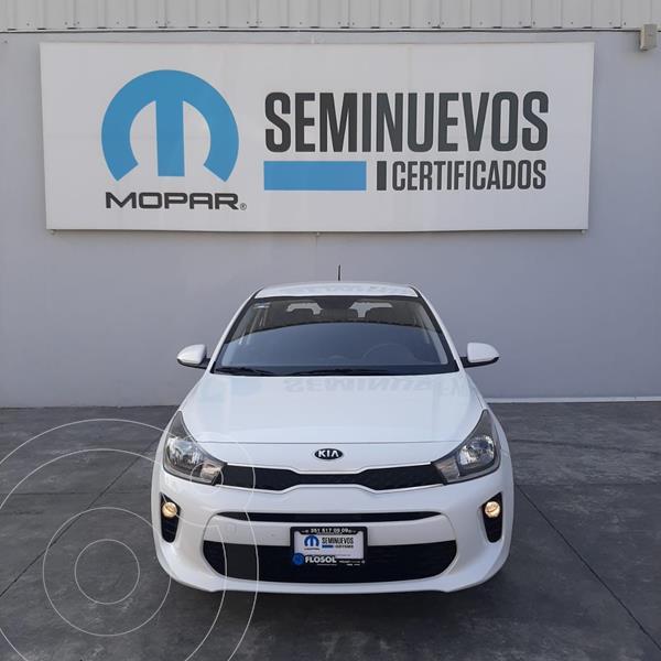 Foto Kia Rio Sedan LX Aut usado (2020) color Blanco precio $255,000