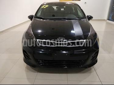 Foto Kia Rio Sedan EX usado (2017) color Negro precio $195,000