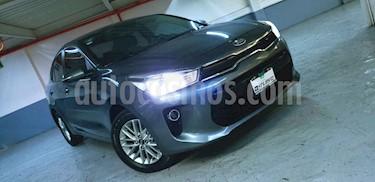 Kia Rio Sedan EX Aut usado (2018) color Gris precio $249,000