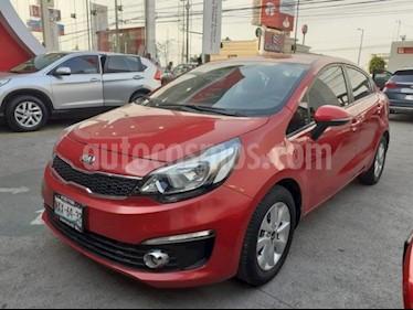 Kia Rio Sedan 4P EX TM6 VE F. NIEBLA RA-15 usado (2017) color Rojo precio $195,000