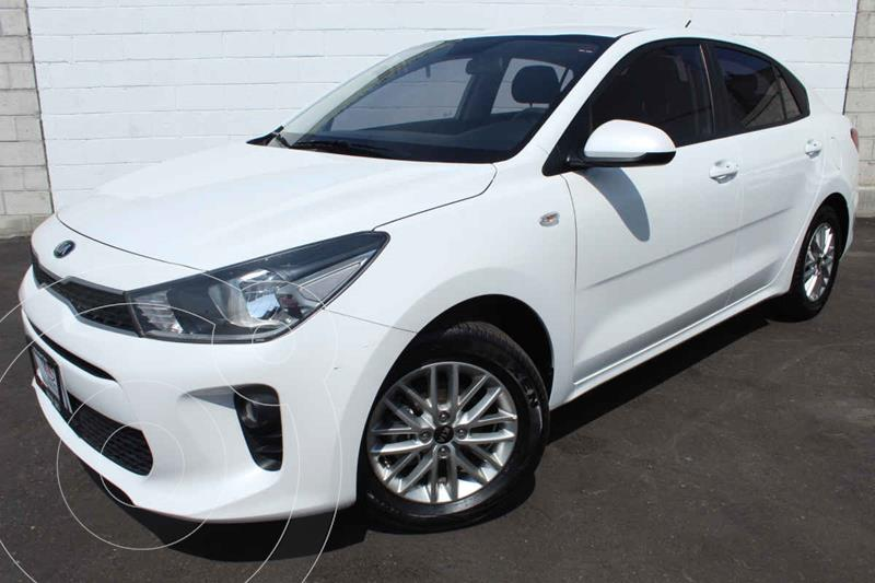 Foto Kia Rio Sedan LX usado (2020) color Blanco precio $249,000