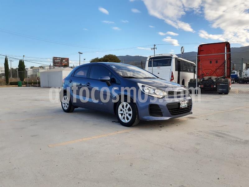 Kia Rio Sedan LX usado (2017) color Azul precio $182,000