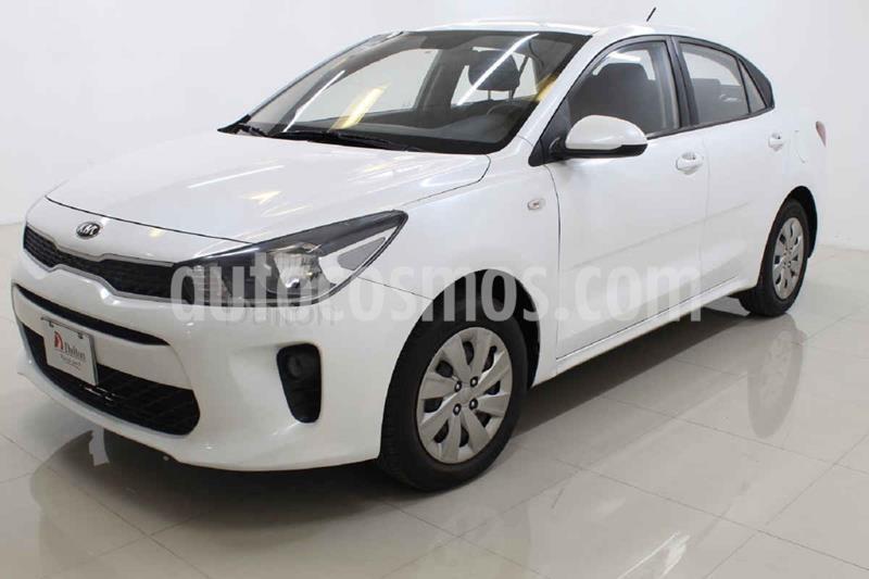 Kia Rio Sedan L Aut usado (2019) color Blanco precio $188,000