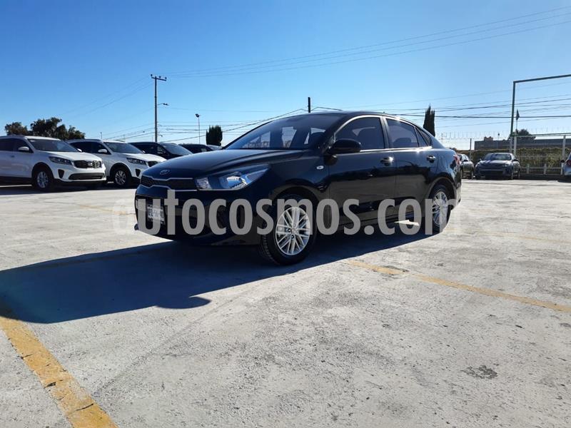 Kia Rio Sedan LX usado (2020) color Negro precio $235,000