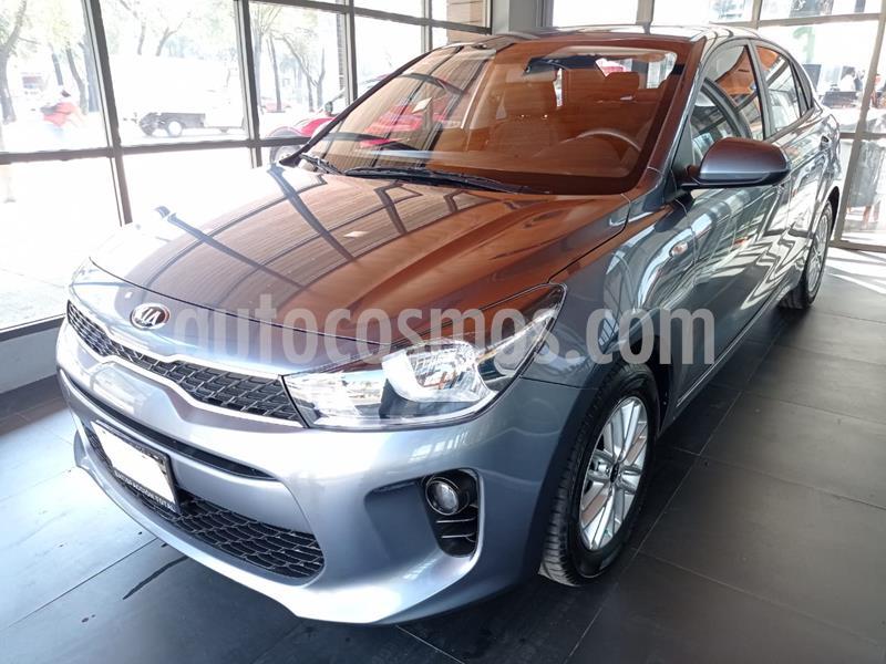 Kia Rio Sedan LX usado (2020) color Gris Urbano precio $242,000