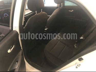 Kia Rio Sedan 5P HB EX TM6 VE QC F. NIEBLA RA-15 usado (2018) color Blanco precio $230,000