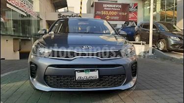 Kia Rio Sedan LX Aut usado (2019) color Gris precio $239,000